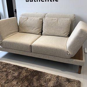 Abbildung moule Sofa mit Ablage